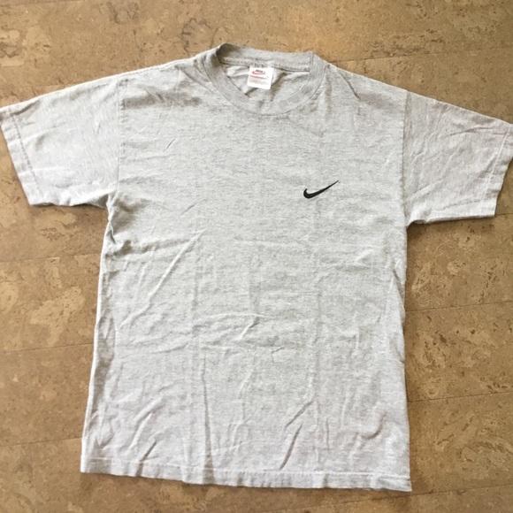 3728936806ba6 Vintage 80s Nike logo t shirt check short sleeve